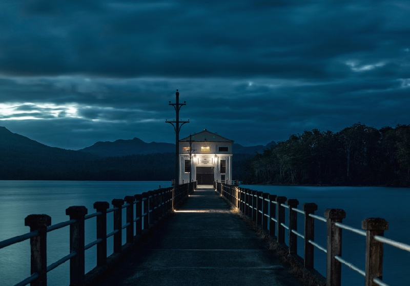 PUMPHOUSE-POINT-Tasmania-Unique-Luxury-Accommodation-5-Star-Travel-Guide2